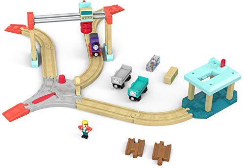 Thomas and Friends Wood, Lift and Load Cargo Set