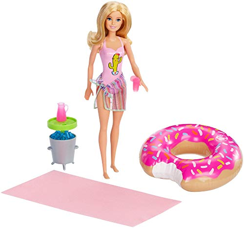 Barbie GHT20 Doll and Playset