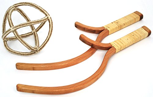 Jabbit Classic Outdoor Game - Toss & Catch Game with Wooden Launchers & Rope Ball - Ages 6+