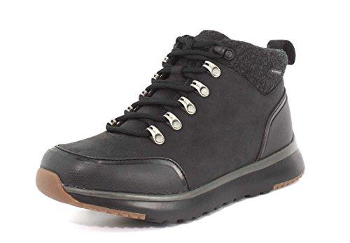 UGG Men's Olivert Snow Boot, Black, 11 M US