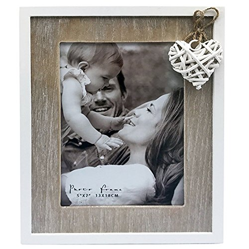 5x7' Distressed Wooden Photo Frame in Natural Wood and Off White With a Heart Detail. Contemporary Love Collection. A Delicate Choice Perfect for a Birthday or Anniversary. Photo Size 5x7