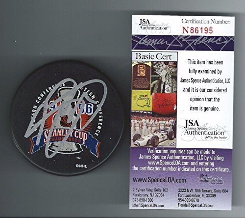 Joe Sakic Signed Colorado Avalanche 1996 Stanley Cup Champions Puck JSA N86195 - Autographed NHL Pucks