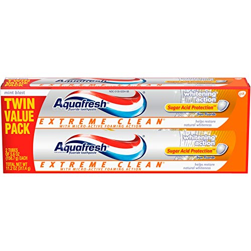 Aquafresh Extreme Clean Whitening Action Fluoride Toothpaste for Cavity Protection, 5.6 ounce Twinpack (two 5.6oz tubes)
