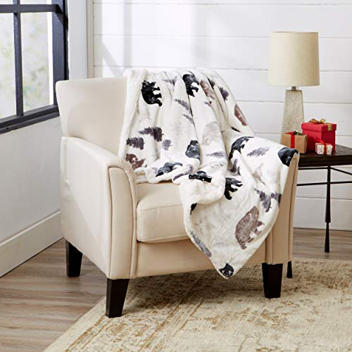Great Bay Home Super Soft Fleece Sherpa Holiday Throw Blanket - Cozy, Warm White Rustic Bears Design Blanket. Hudson Collection (50' x 60')